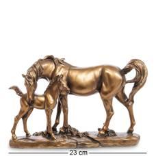 Фигура ''Лошадь с жеребенком''  MN- 38