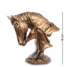 Фигура ''Лошадь с жеребенком''  MN- 39