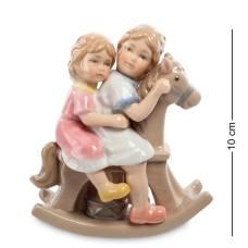 """CMS-12/26 Статуэтка """"Девочки на лошадке"""" (Pavone)"""