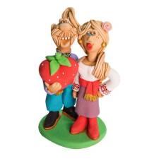 Статуэтка Влюбленная пара с сердцем в руках